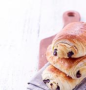 Petit déjeuner pain au chocolat chez flunch